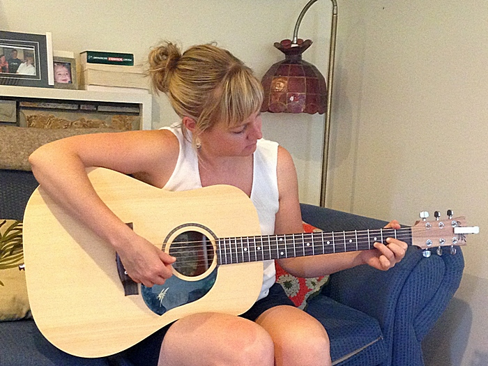 Kristy Thomas, guitar student from Coburg